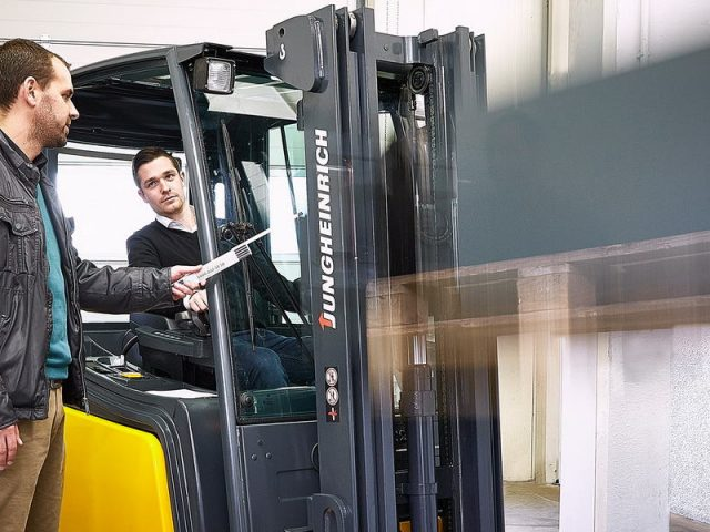 How to Select the Correct Used Forklift